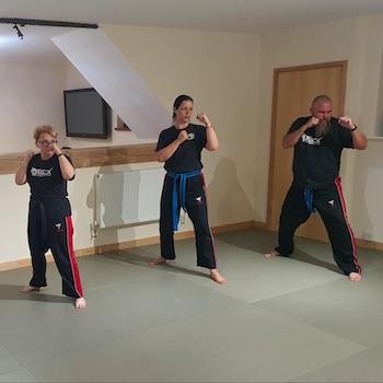 Adult Kickboxing class gloucester