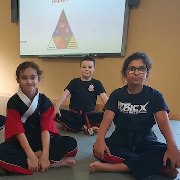 Girls in karate gloucester kicx